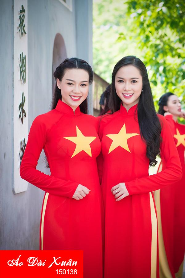 áo dài cờ đỏ sao vàng 150138